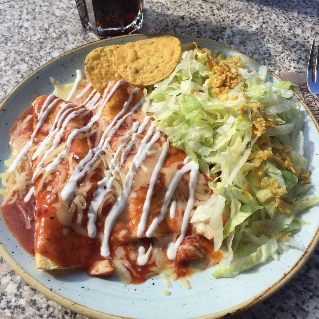 Enchiladas med kyckling – Bild från Taco Bar Sveavägen av Peter B.