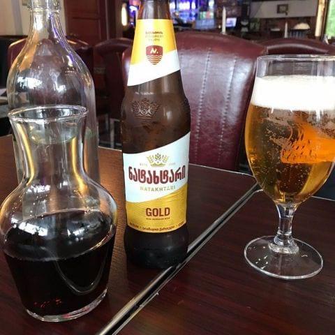 Toppenbra öl och bra matvin. – Photo from Tbilisis Hörna by Birgitta B.