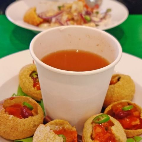 Pani Puri – Photo from Tea Story by Shahzad A.