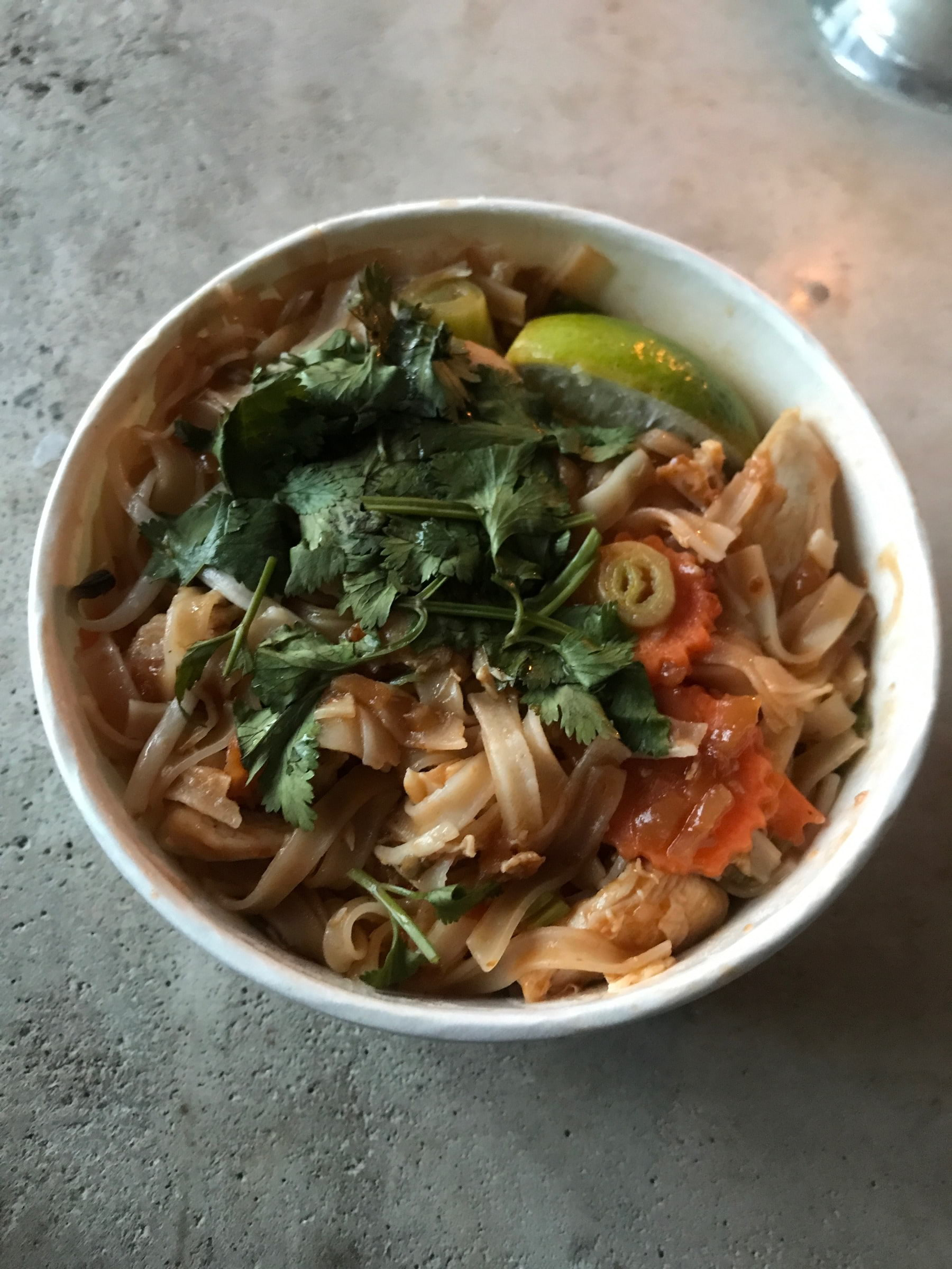 Pad thai (minut jordnötter) – Bild från Thai Enjoy Sundbyberg av Jessica K.