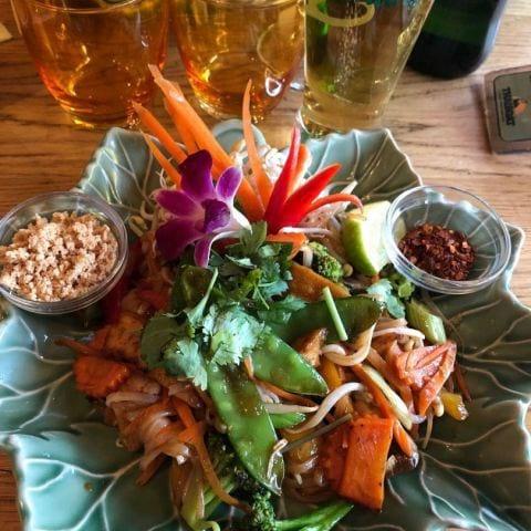 Vegetarisk pad thai – Bild från Thaiboat av Emmi A.