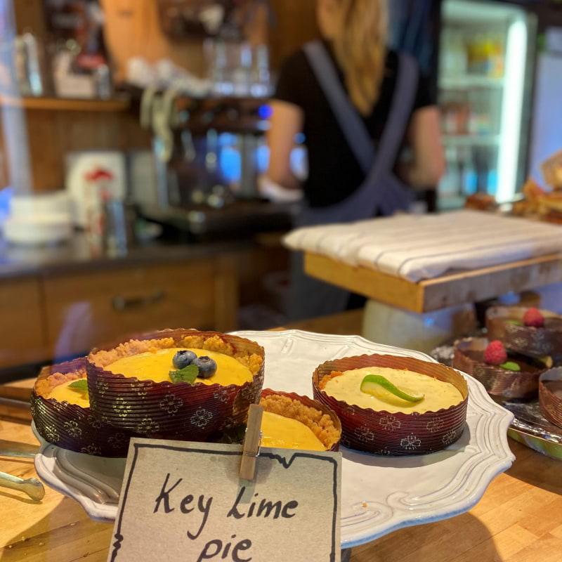 Lime tart – Bild från The Nut House av Madiha S.