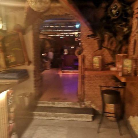 Bild från Tiki Room av My J.