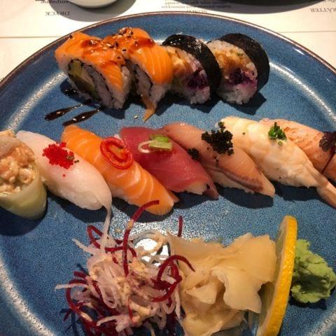 Bild från Tokyo Diner av Mythu L.