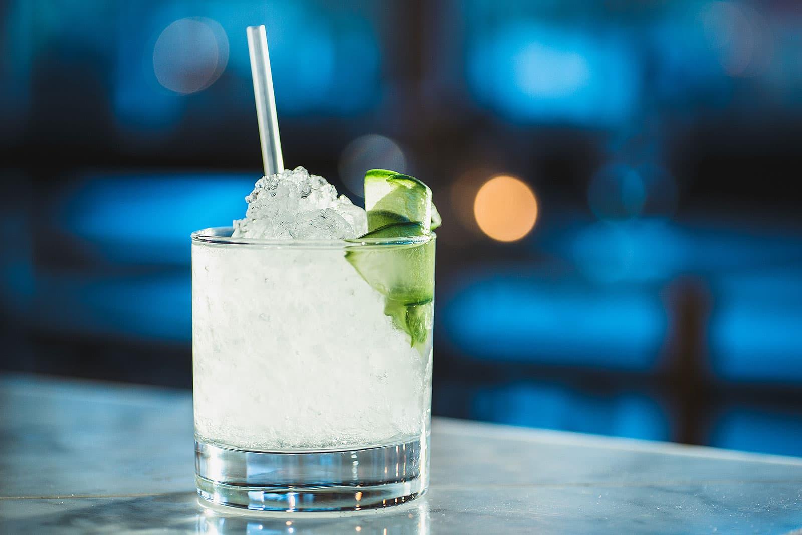 Vattenhal eleganta drinkar fran tre horn
