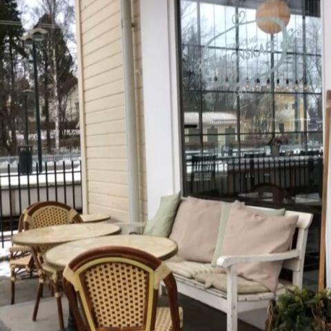 Bild från Viggbyholms stationskafé av Ida B.