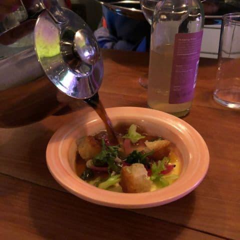 Löksoppa med gruyere, väldigt god. – Bild från Woodstockholm Matbar av Adam L.