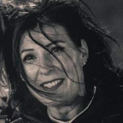 Manuela V.